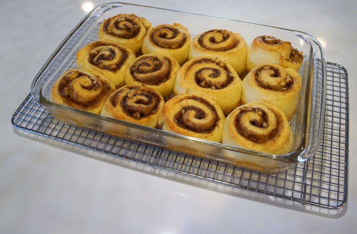 Baked rolls.jpg